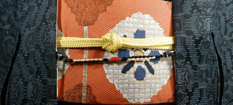 大島紬で作った小物の買取相場